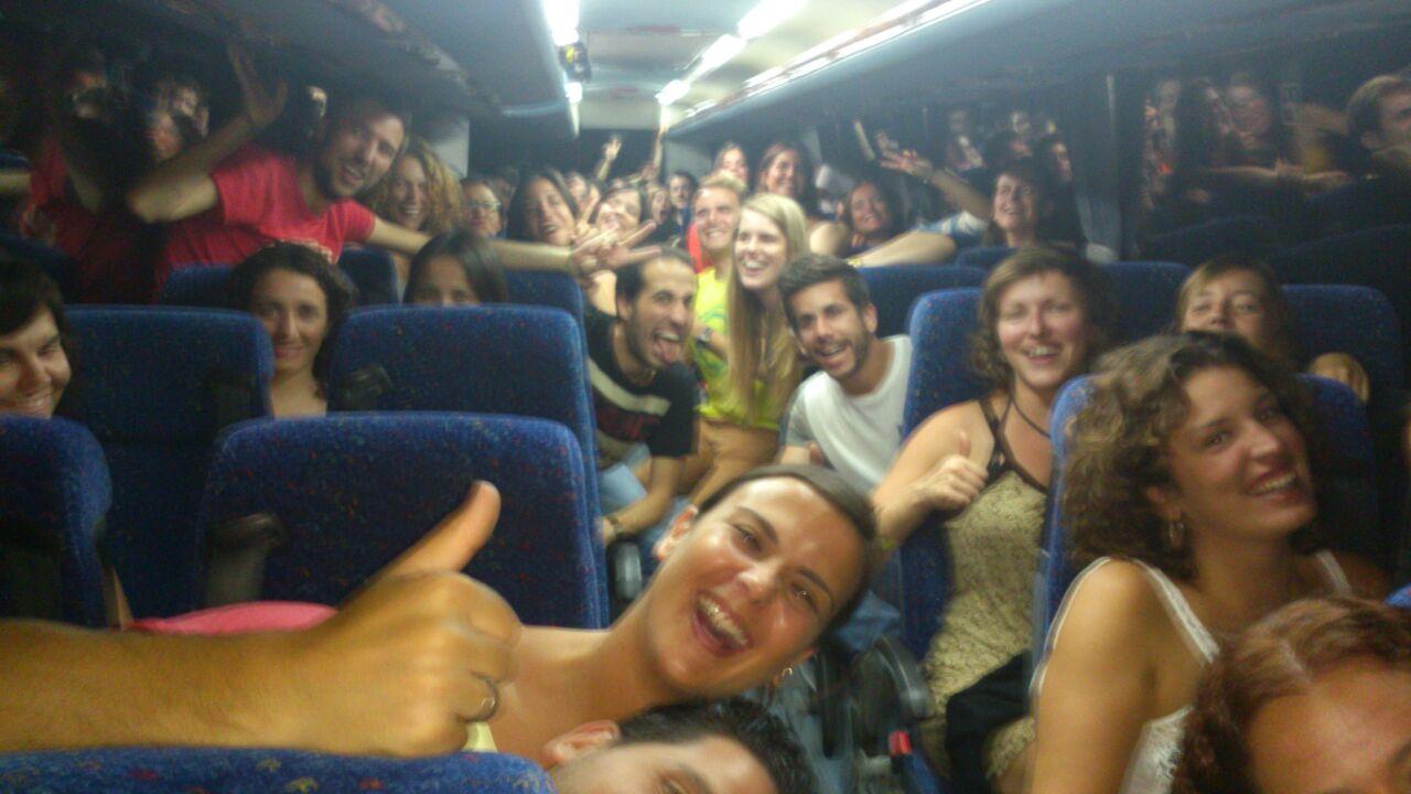El servei d'autocars nocturns de l'Agrat visita 8 Festes Majors amb   515 passatgers