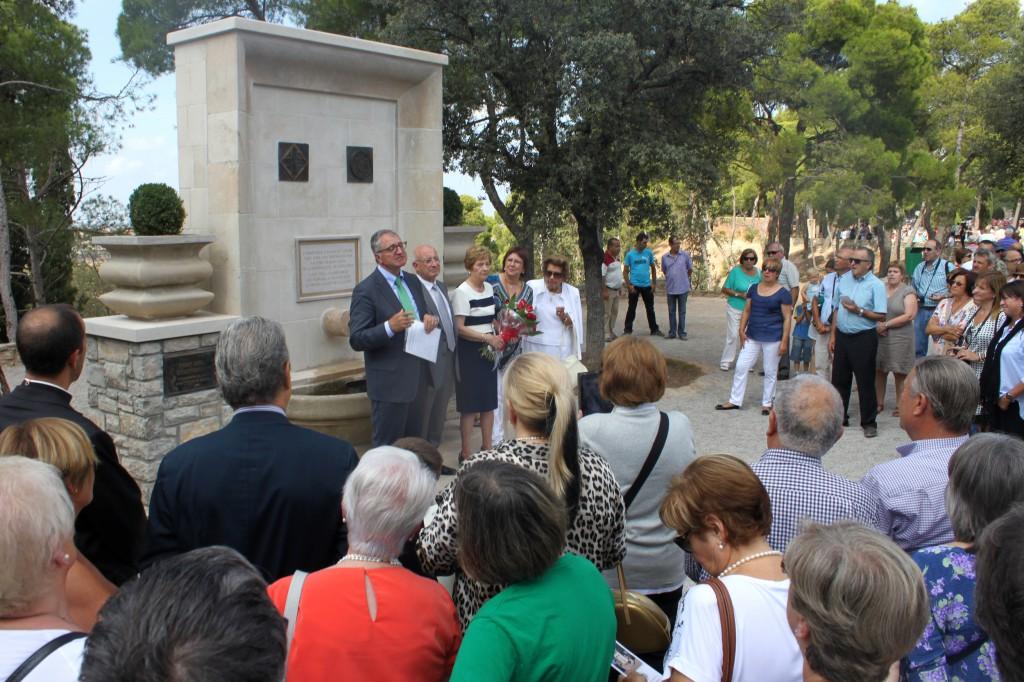 L'Aplec de Sant Eloi de Tàrrega commemora els 50 anys del campanar de l'ermita i inaugura la Font del Centenari dels Amics de l'Arbre