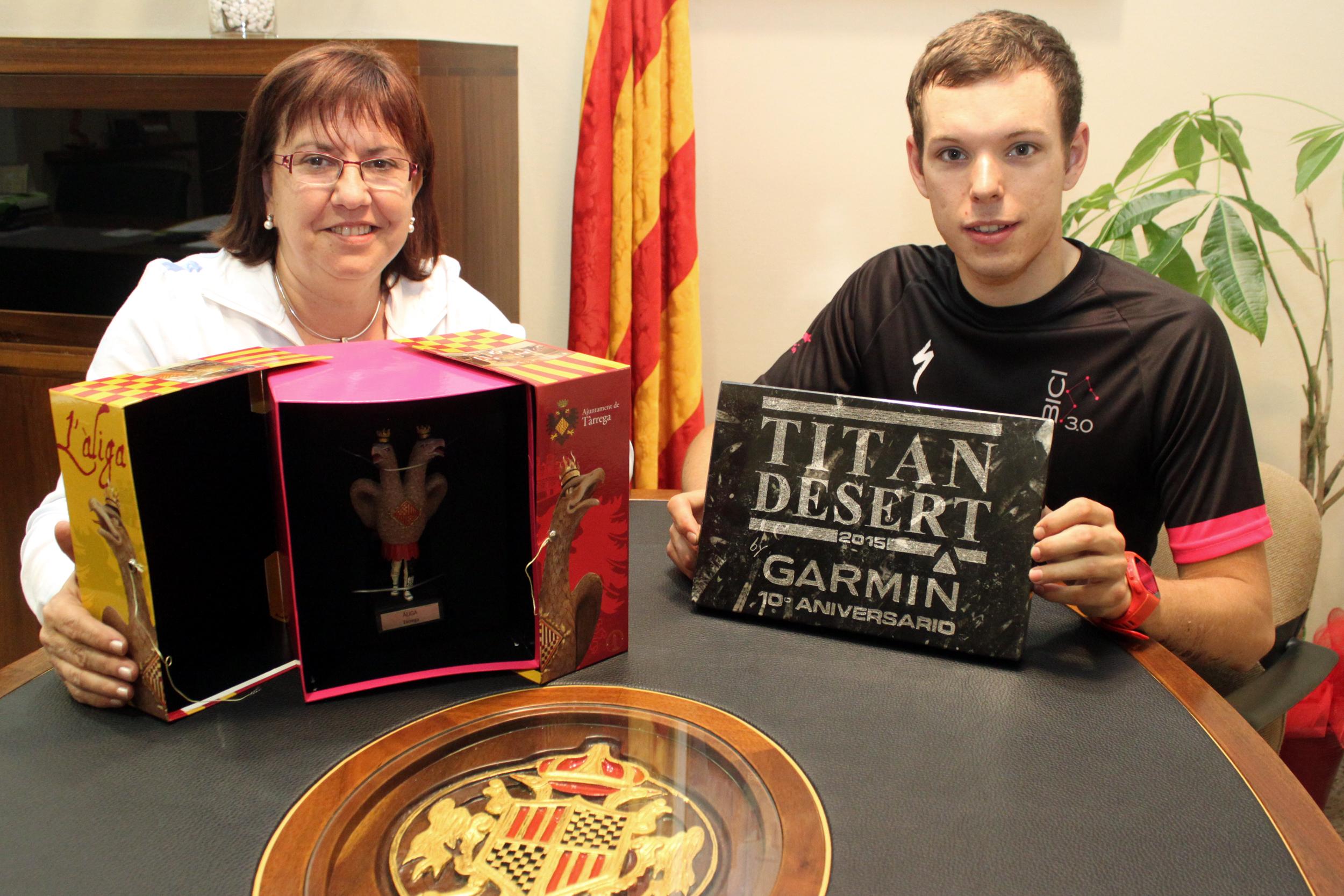 Tàrrega reconeix els mèrits esportius de Josep Térmens, guanyador de la cursa Titan Desert en la categoria sub-23