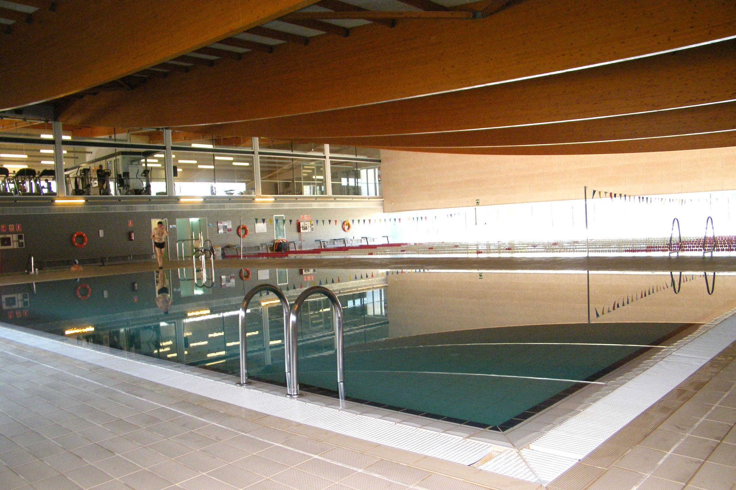 La CUP de Tàrrega proposa la constitució d'una comissió específica sobre la piscina municipal coberta