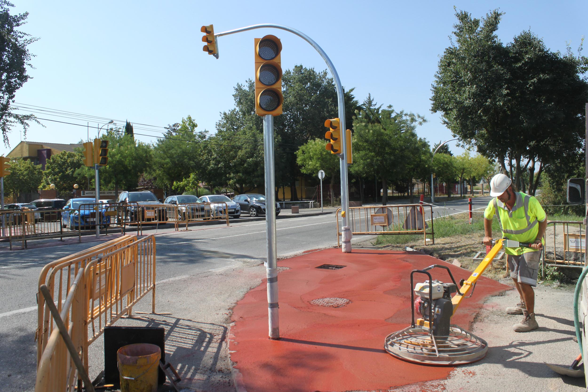 L'Ajuntament de Tàrrega ultima els treballs per reforçar la seguretat viària al tram de la C-14 vora els centres educatius