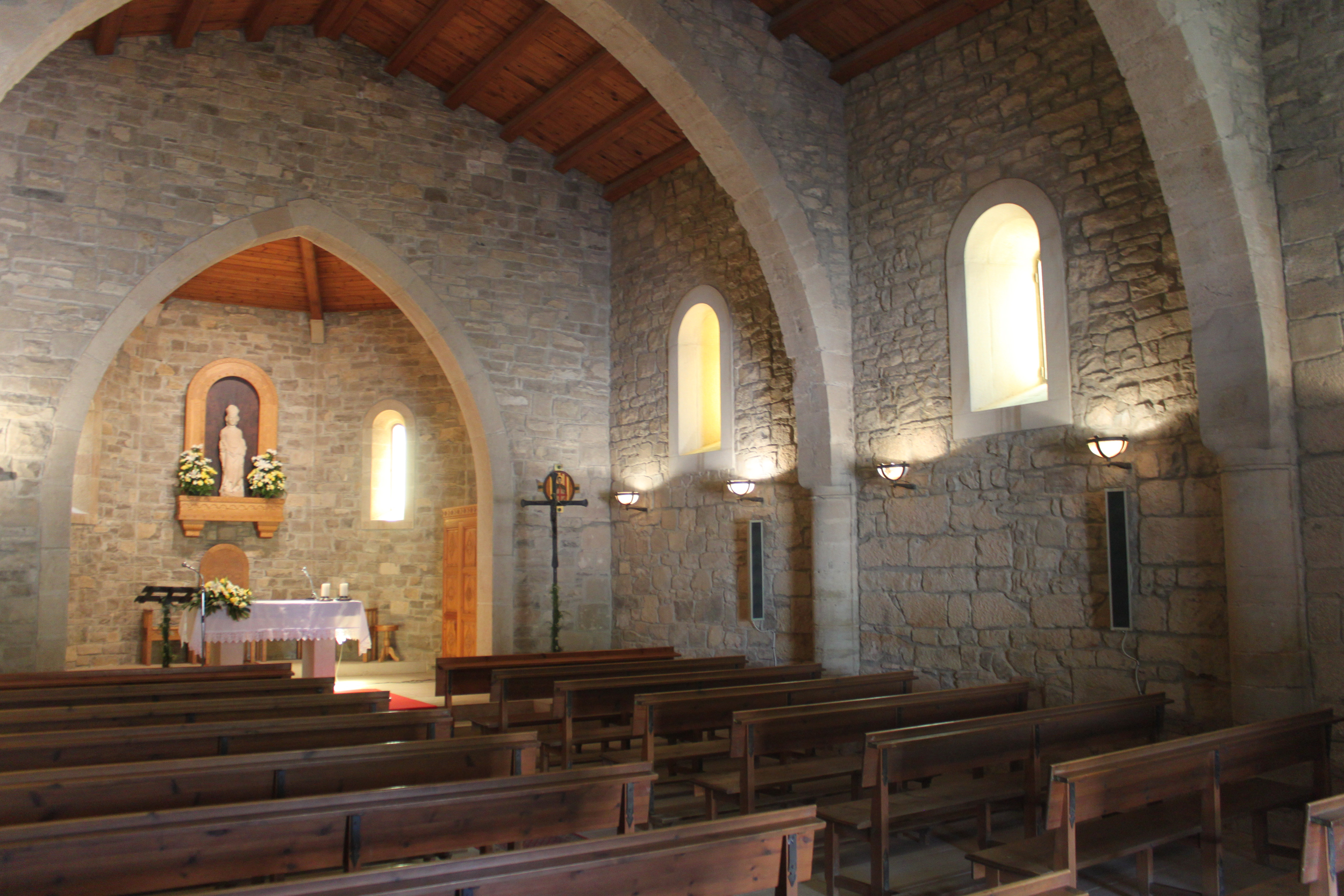 L'ermita del Parc de Sant Eloi de Tàrrega lluirà un mural al fresc del pintor Josep Minguell i nous vitralls ornamentals