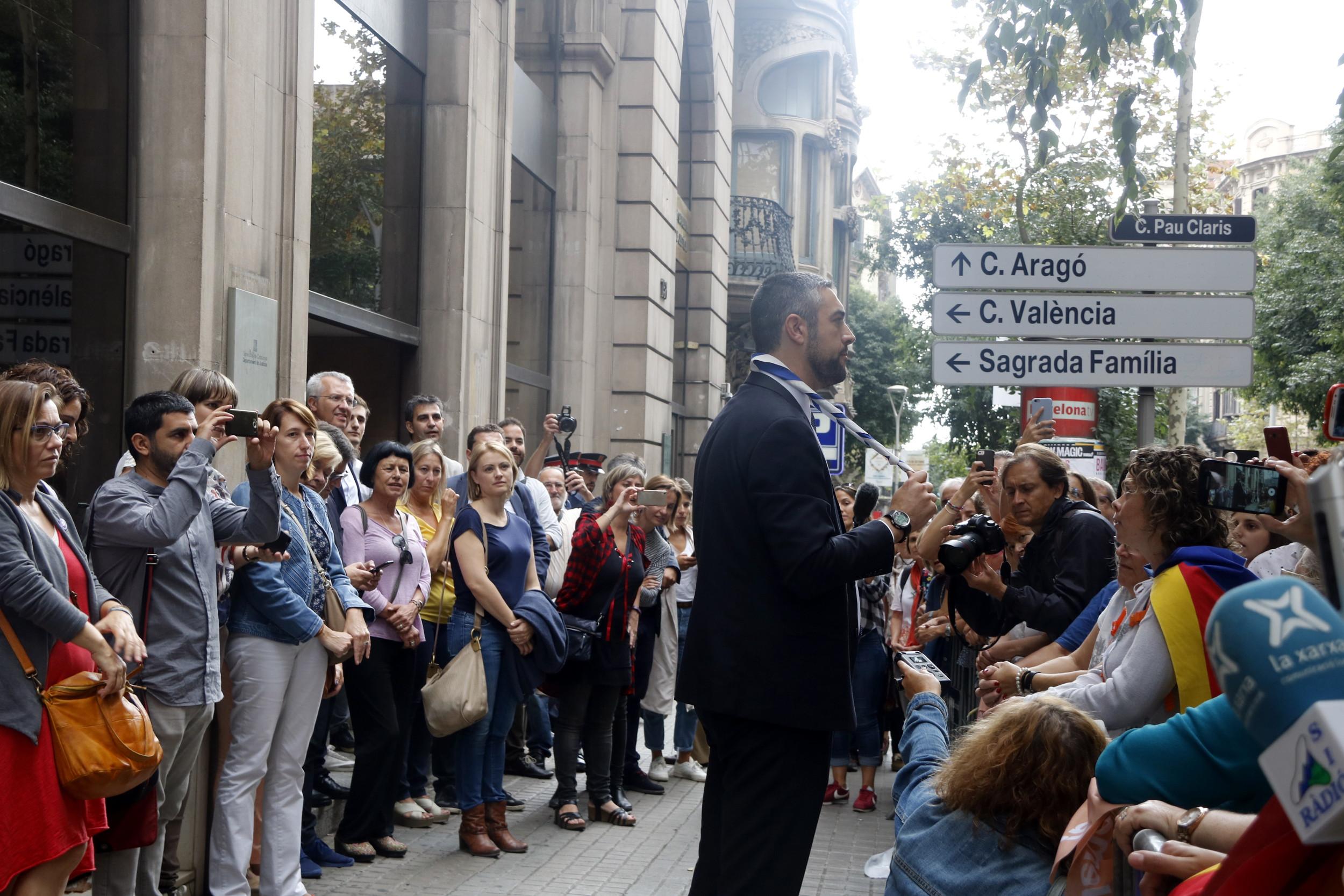 Els alcaldes de Solsona i Agramunt diuen al fiscal que no pot citar a declarar els batlles després de l'ordre del TSJ