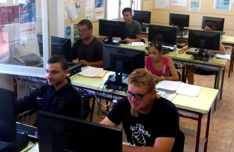 """L'Ajuntament de Tàrrega insereix en el món laboral la totalitat dels participants del seu programa """"Fem Ocupació per a Joves"""