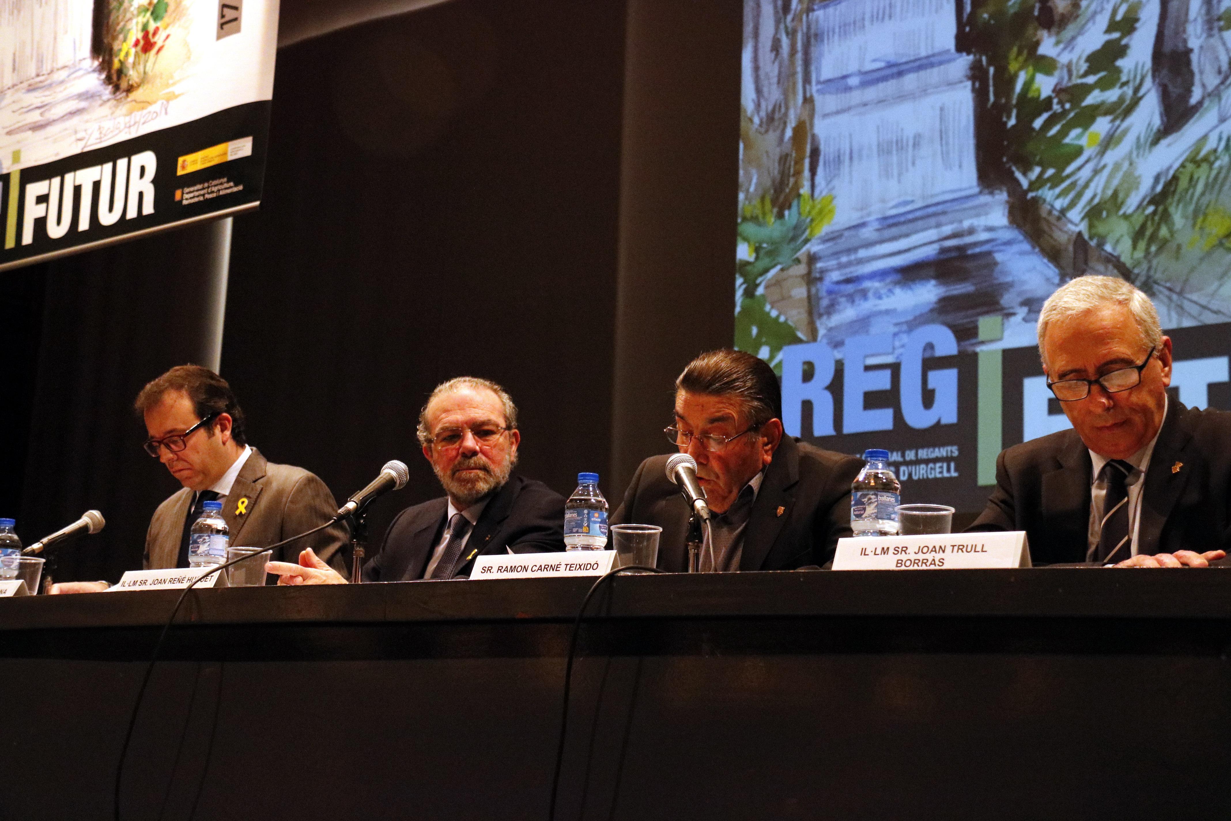 Els regants del Canal d'Urgell tenen reserves per garantir la campanya de reg que no preveuen avançar tot i la sequera