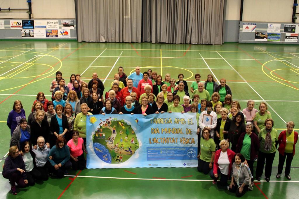 Participants avui al Dia Mundial de l'Activitat Física a Tàrrega
