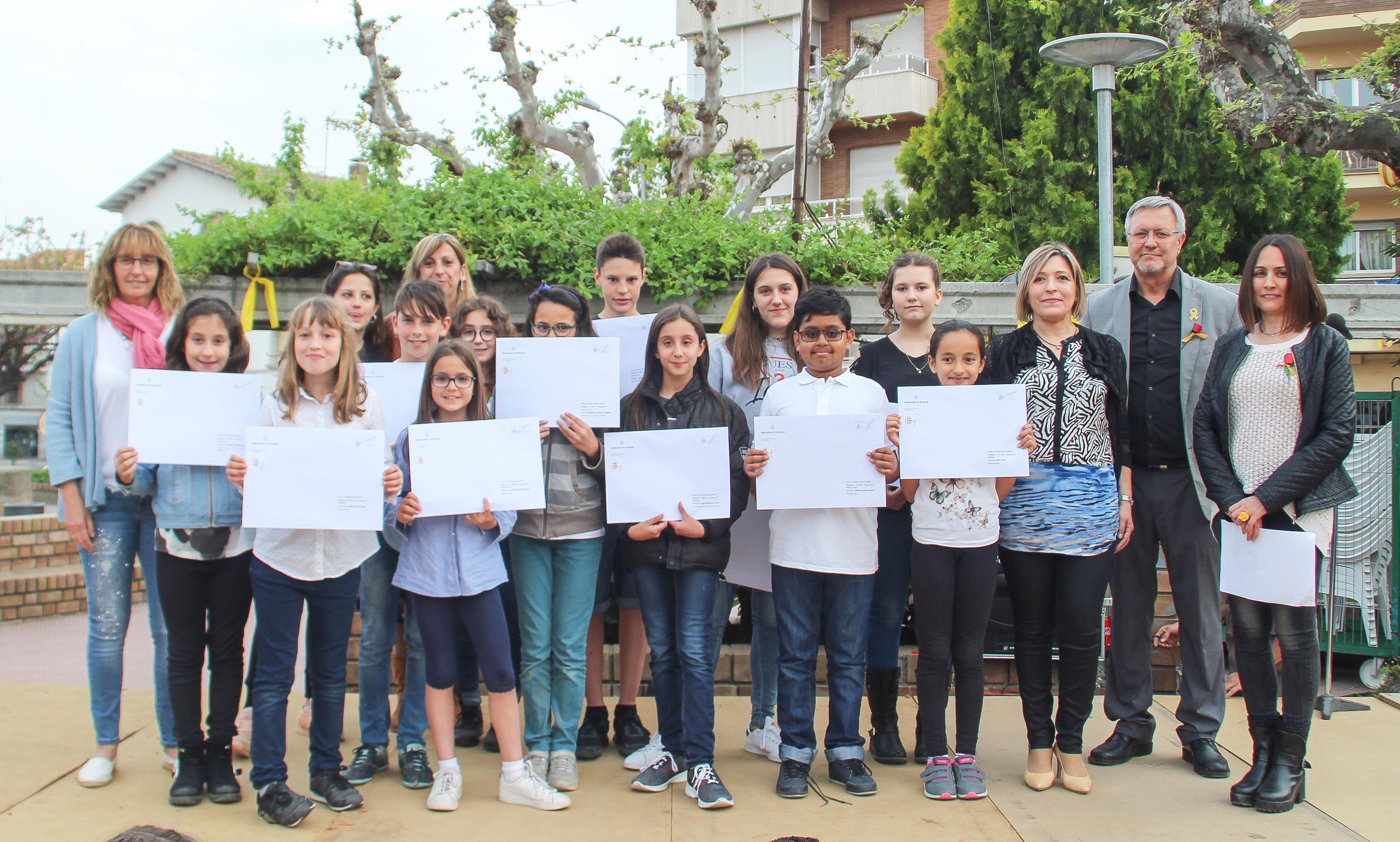 """Sant Jordi a Bellpuig  """"Concurs Infantil i Juvenil de Prosa i de Pintura"""".,"""