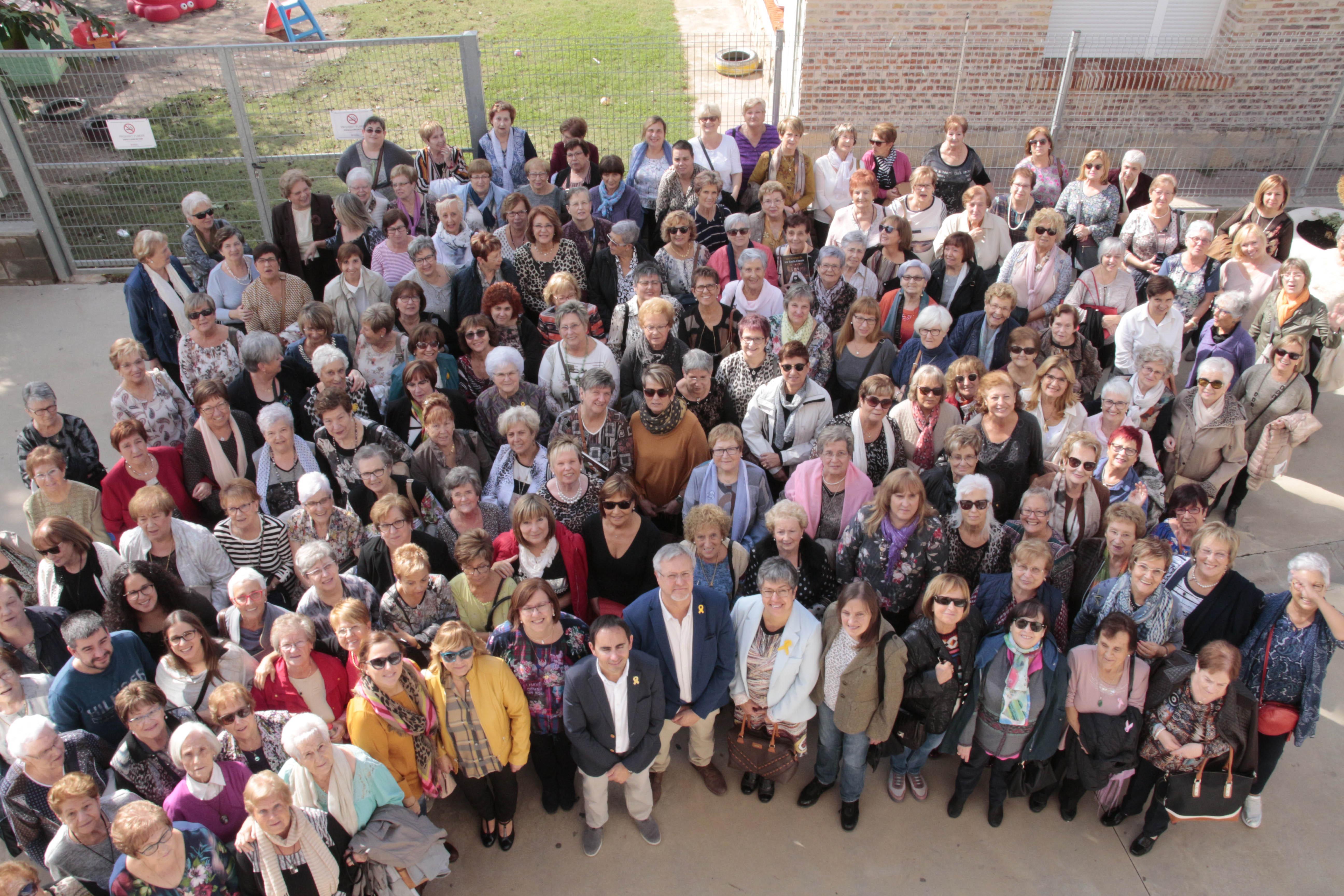 Rosa Maria Perelló participa a la XXI Trobada Intercomarcal de Dones de les Terres de Lleida, celebrada a Preixana