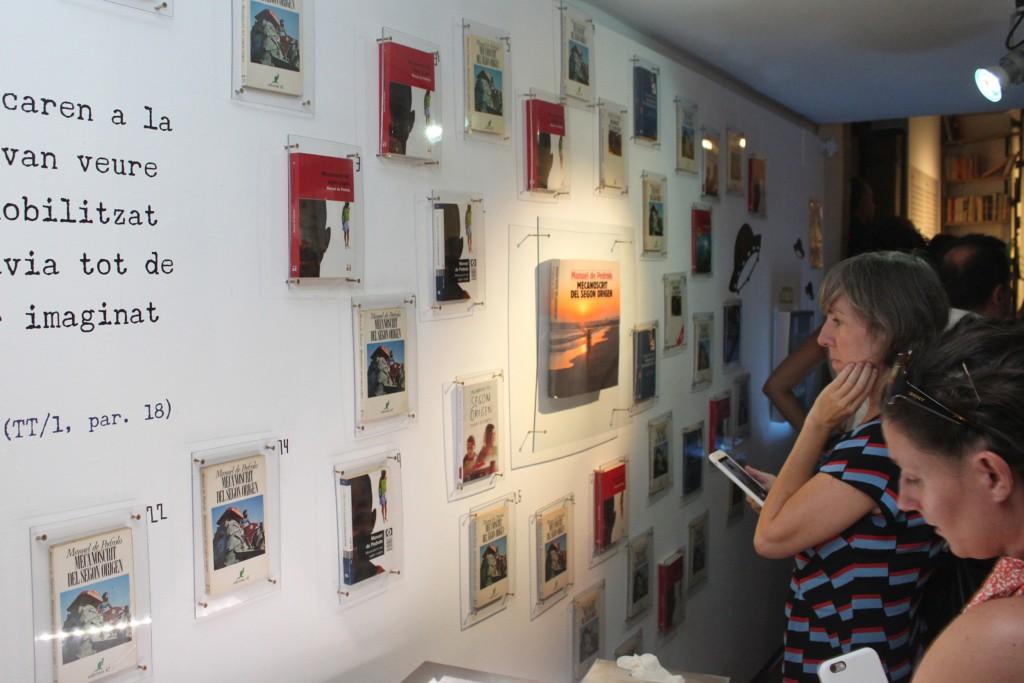 IMATGE D'ARXIU · Exposició sobre Pedrolo a la Sala Marsà de Tàrrega