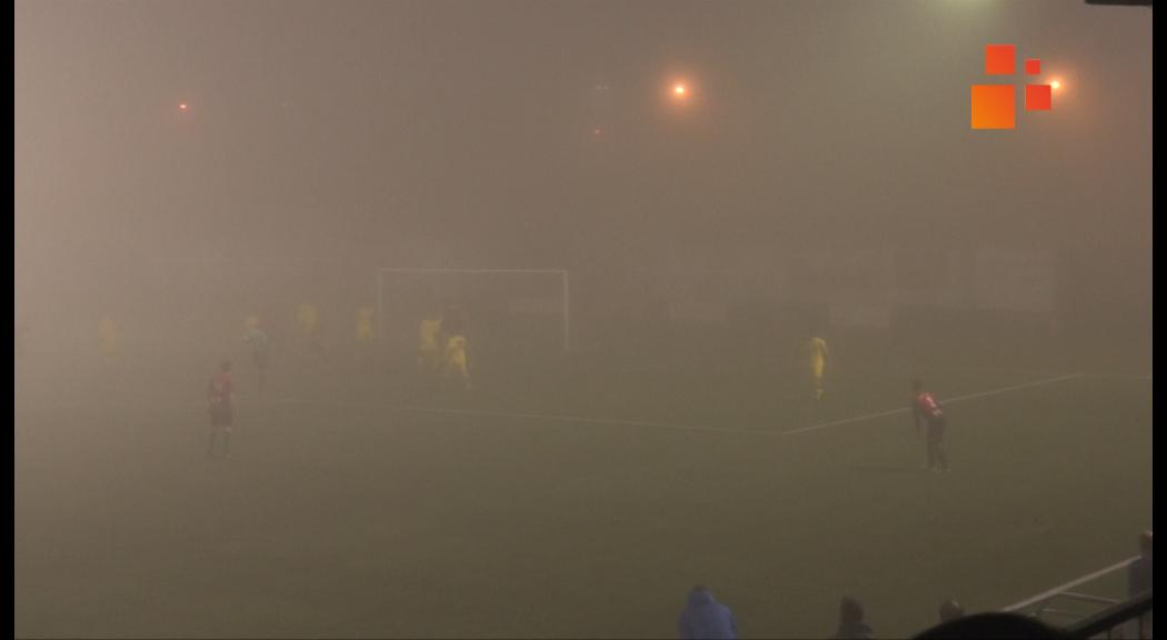 El Tàrrega i l'Almacelles empaten en un partit  on la boira ha impedit veure la meitat de les jugades.  (1-1)