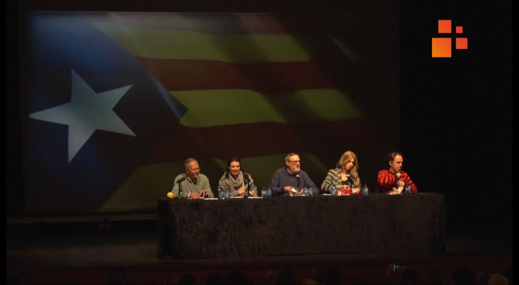 El Teatre Ateneu de Tàrrega va acollir un debat amb el títol, 2019, judici a l'estat espanyol