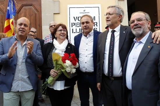 La Fiscalia arxiva les diligències contra 32 alcaldes lleidatans investigats per l'1-O, entre els que hi ha l'alcaldessa de Tàrrega Rosa perelló