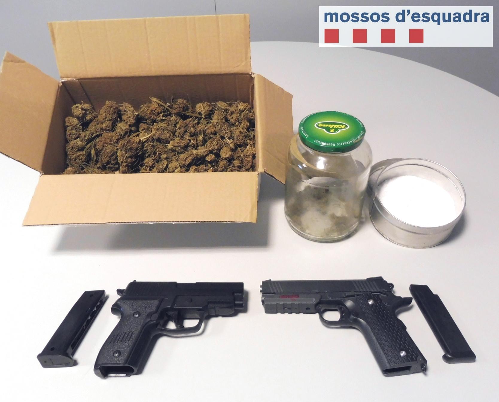 Els Mossos d'Esquadra detenen dues persones a la Segarra per tràfic de drogues i amenaces