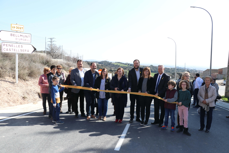 Rosa Maria Perelló inaugura les millores de la carretera LV-3027 entre Bellmunt, Penelles i Castellserà