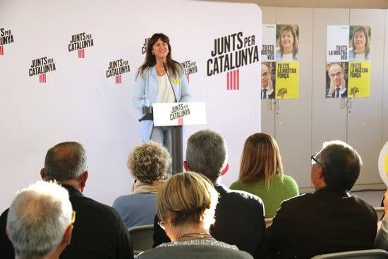 """Borràs destaca que Neus Català va tirar endavant tot i viure circumstàncies """"molt difícils"""" com els """"presos polítics"""""""