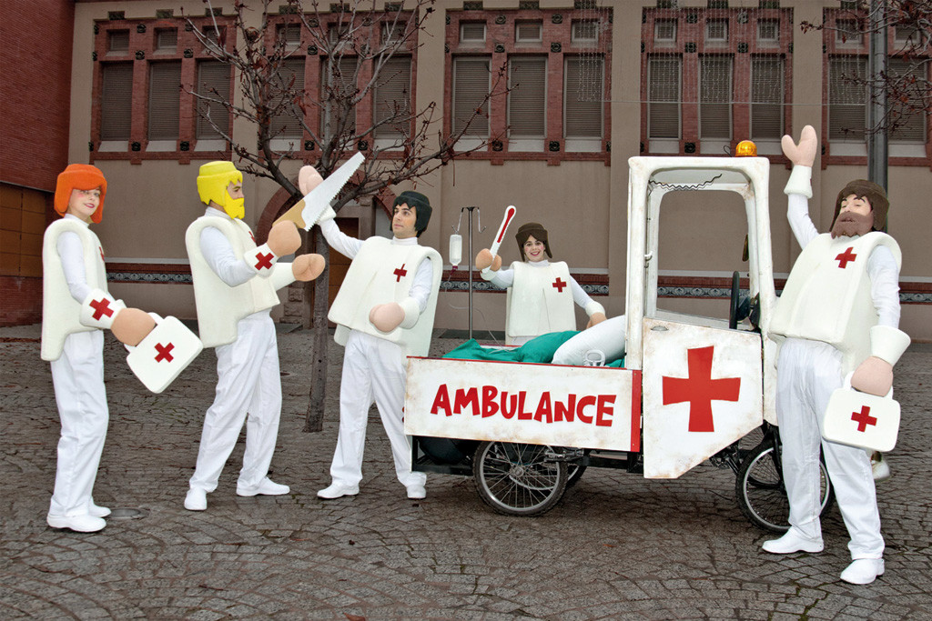 Clicks-Ambulance-Cie-screen