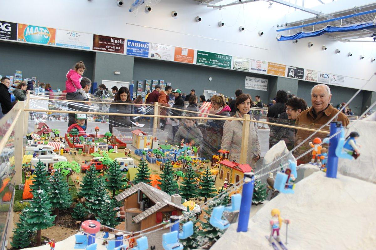 La Fira del Playmobil de Tàrrega manté el seu èxit amb una bona afluència de públic