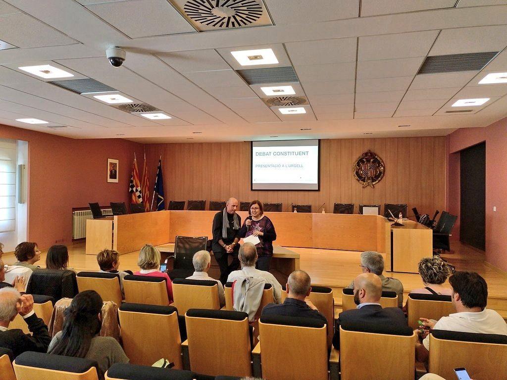 Presentació del debat constituent  a l'Urgell