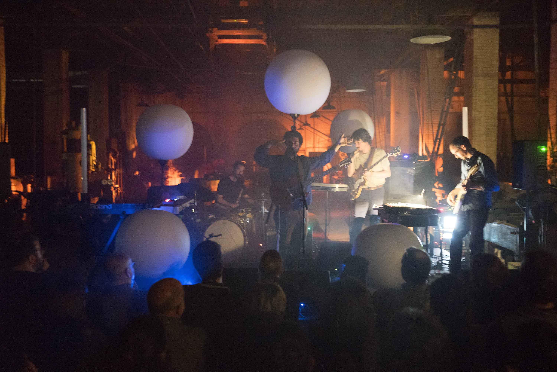 """El Petit de Cal Eril obre la seva nova gira, """"Energia fosca"""", a l'Embarrat – Festival de Creació Contemporània de Tàrrega"""