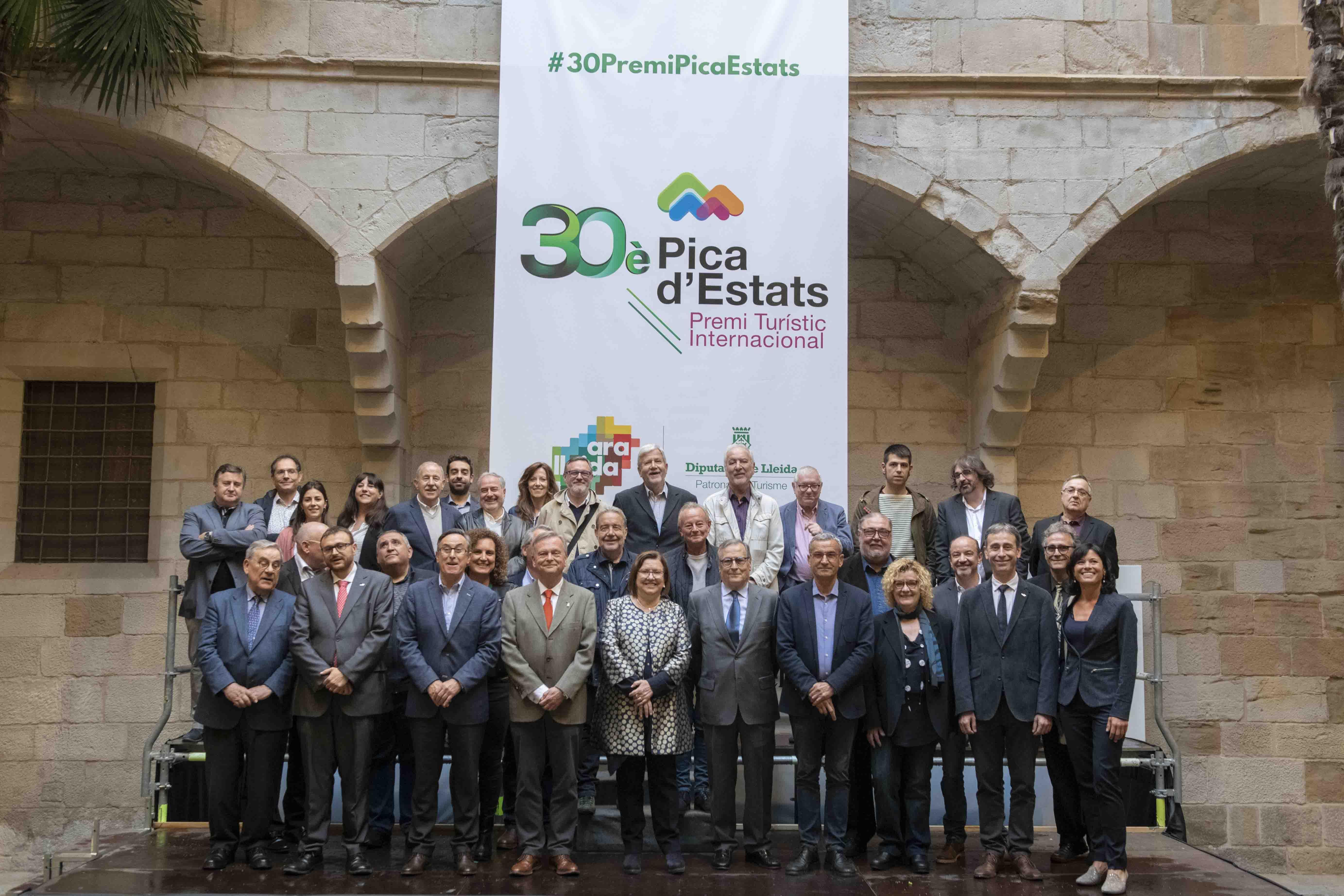 La Diputació de Lleida lliura el 30è Premi 'Pica d'Estats' i ret un homenatge a tots els membres del jurat