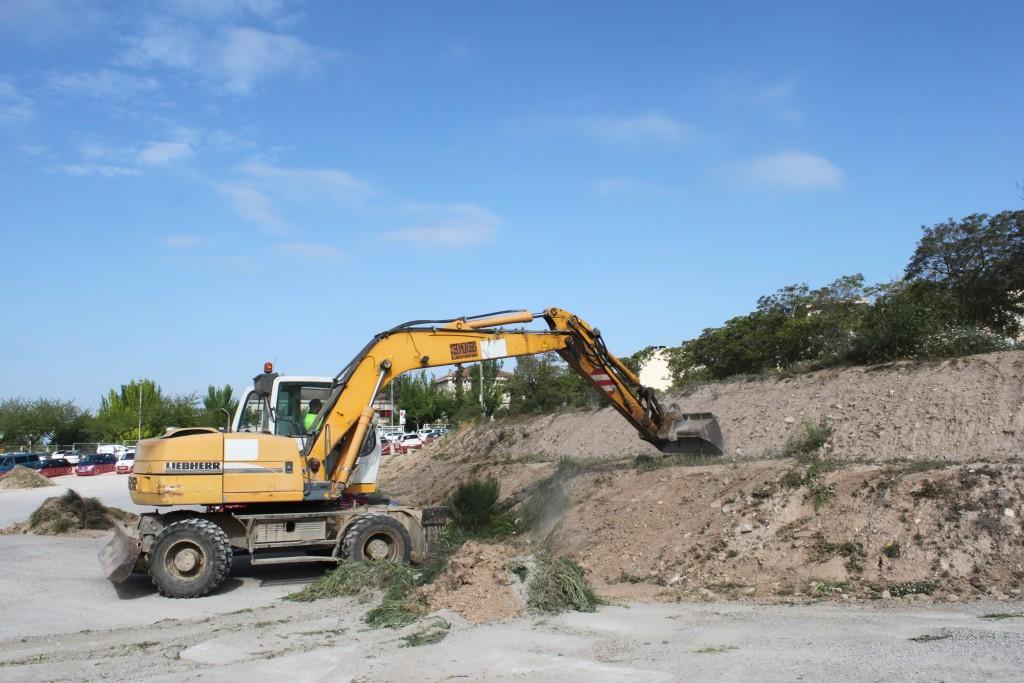 Moviments de terres per eliminar els talussos, avui