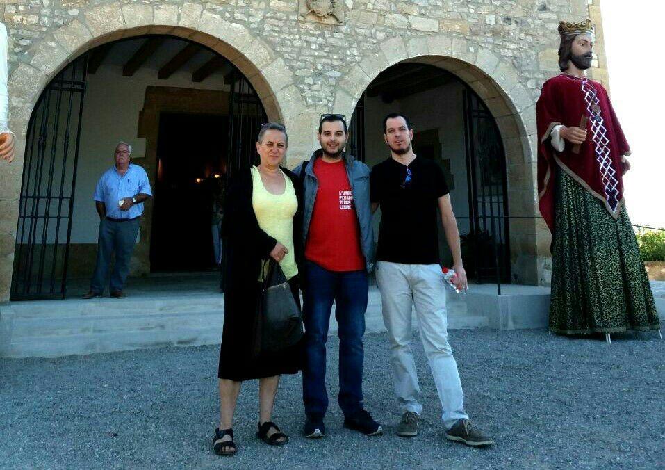 Les regidores a govern de la CUP de Tàrrega reivindiquen la laïcitat de la institució