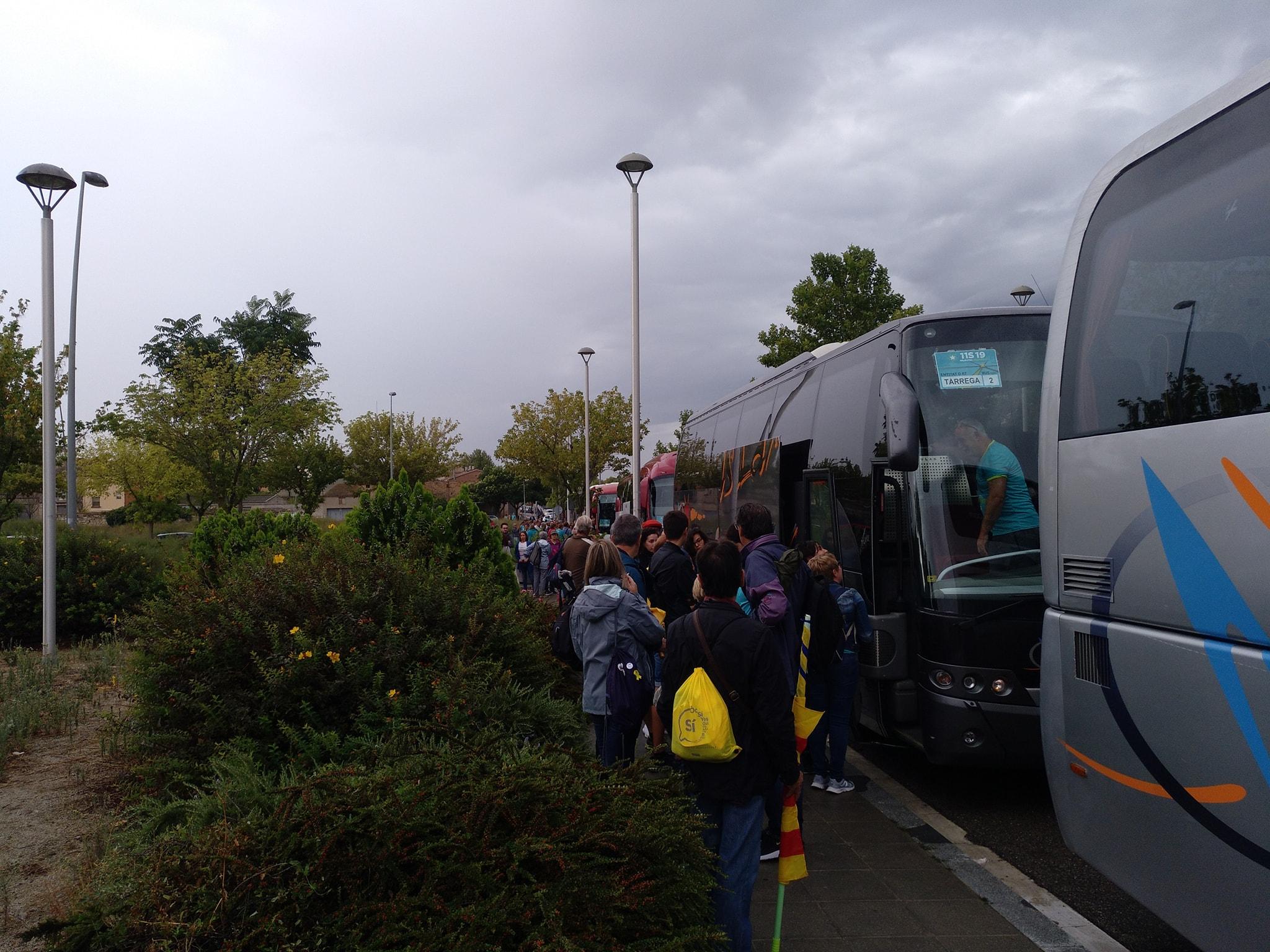 Surten 10 autocars de Tàrrega cap a la manifestació de la Diada