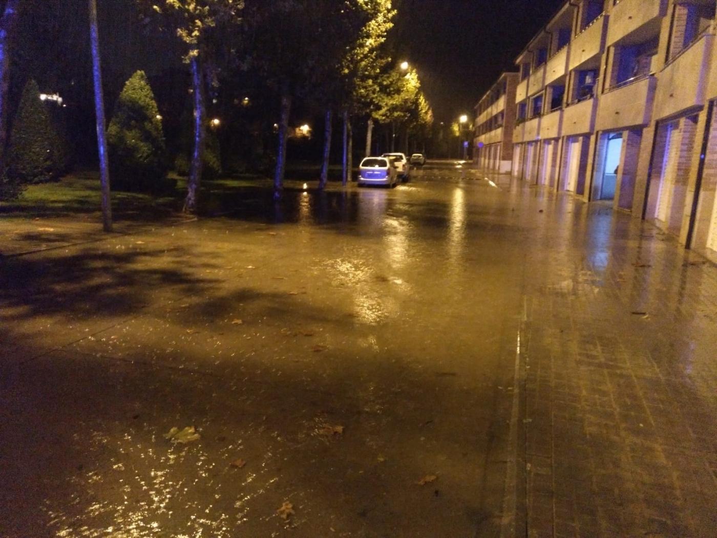 La pluja causa algunes afectacions a Tàrrega