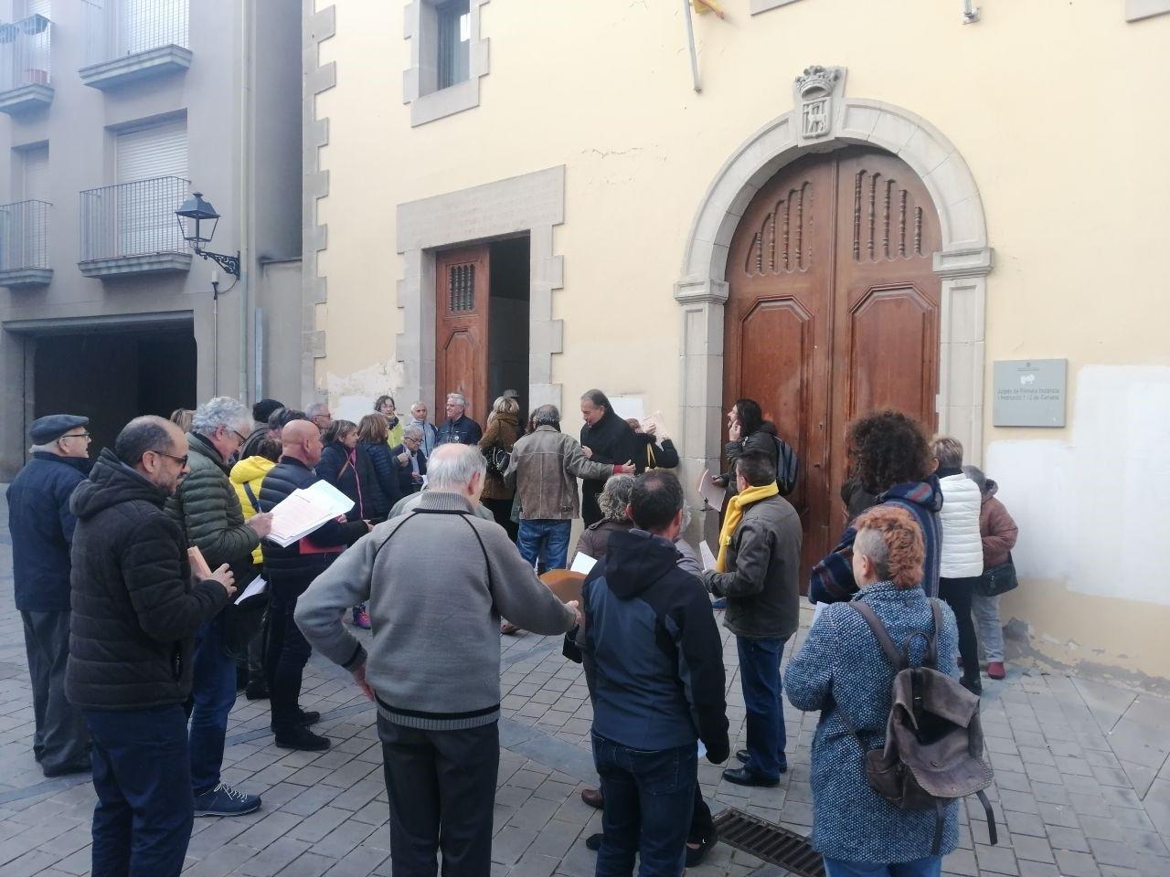 La campanya d'autoinculpacions d'Òmnium Cultural arriba a Cervera