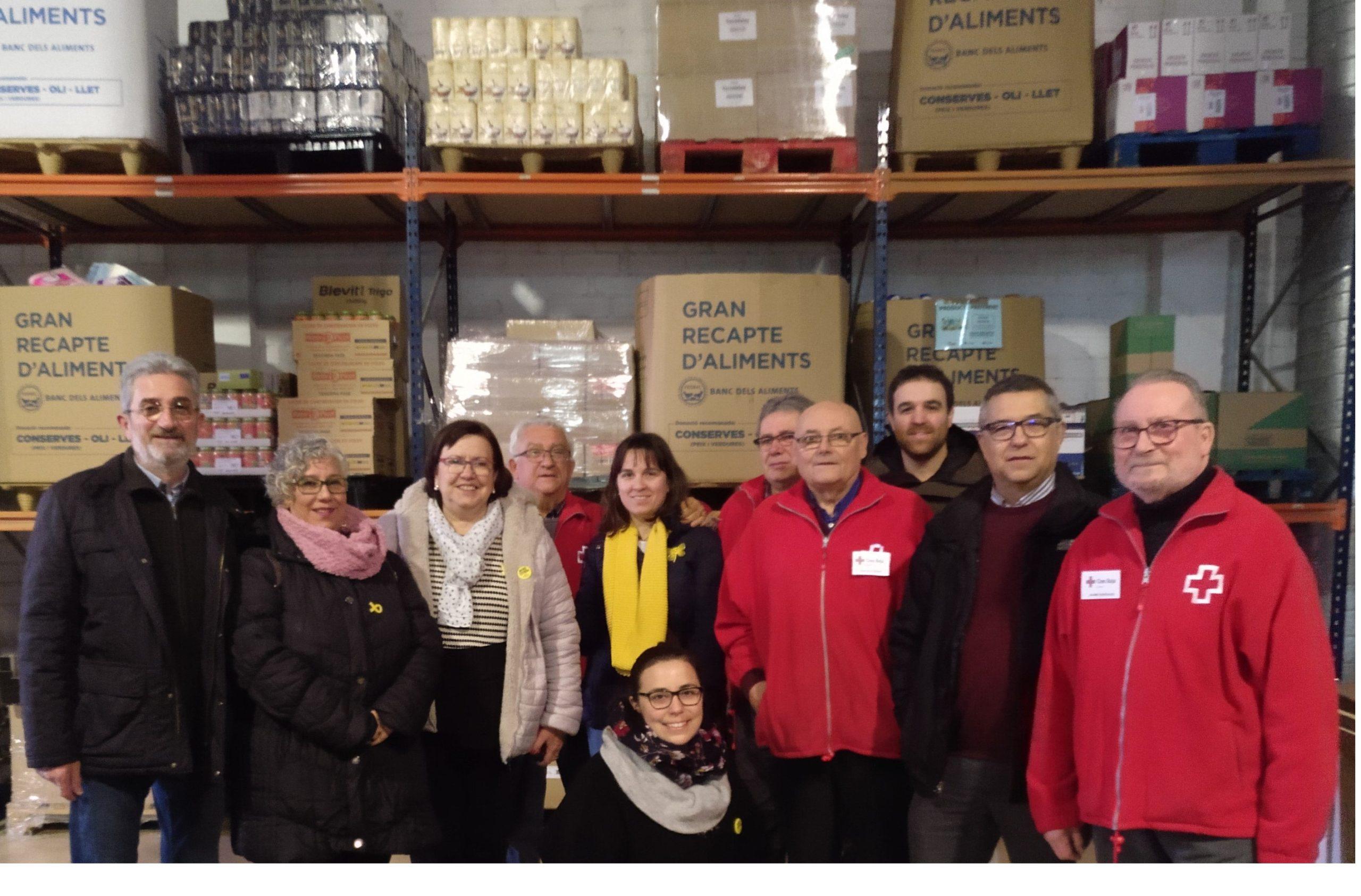 Junts per Tàrrega dona el valor dels lots de Nadal al Magatzem d'Aliments Solidaris