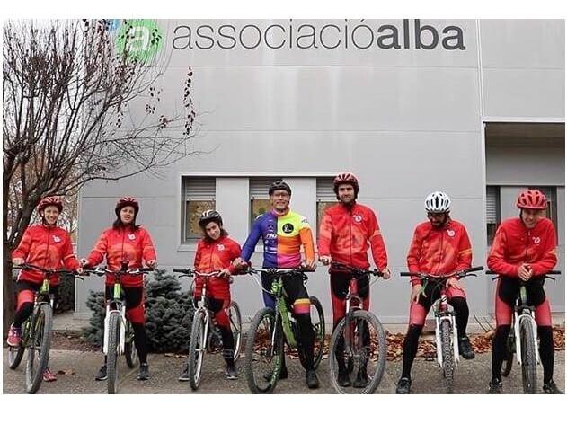 El projecte solidari SEP Titan Desert, a benefici del Club Ciclista Alba, guanyadora de la beca Titan Life