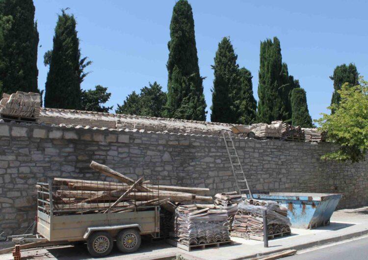 L'Ajuntament de Tàrrega du a terme les obres de rehabilitació de cobertes al cementiri municipal