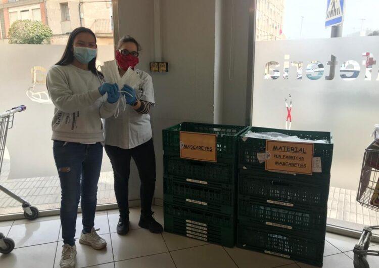 La xarxa de cosidores de Tàrrega repartirà mascaretes amascaretes en situació de risc en 3 establiments