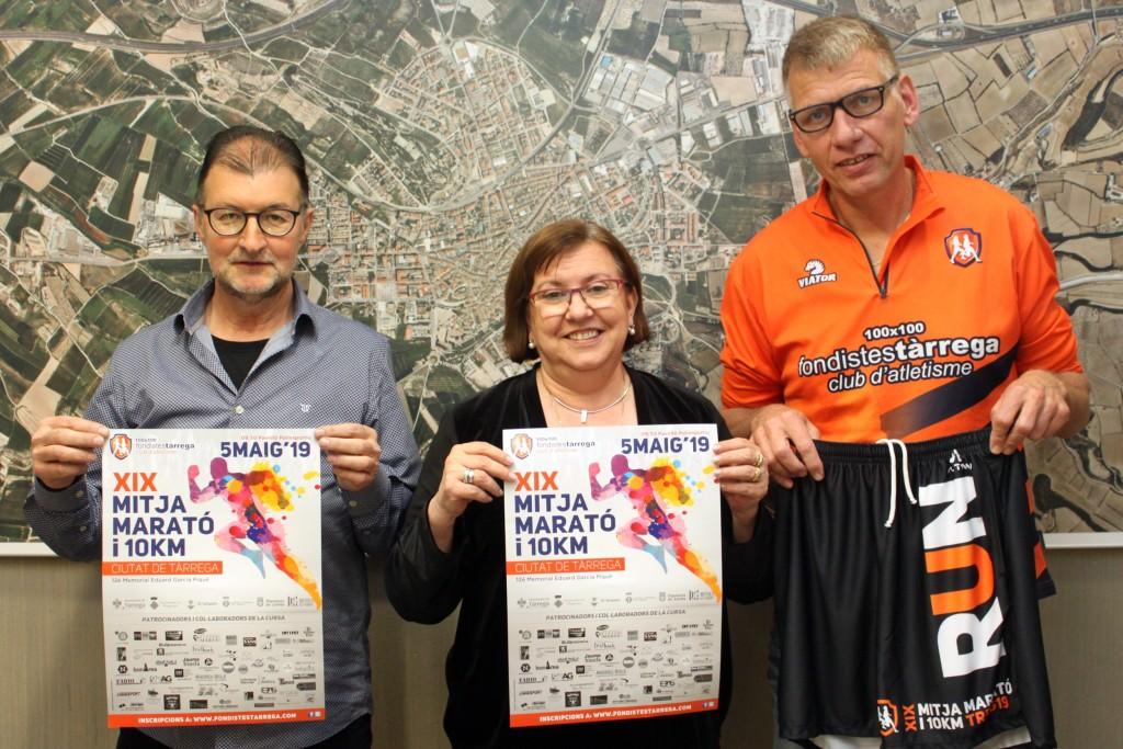 Presentació de la 19a Mitja Marató i 10 KM Ciutat de Tàrrega amb l'alcaldessa Rosa Maria Perelló