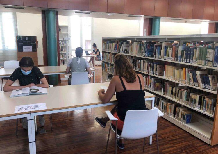 Reobren les sales de lectura de la Biblioteca Pública de Tàrrega – Germanes Güell amb el 50% de l'aforament