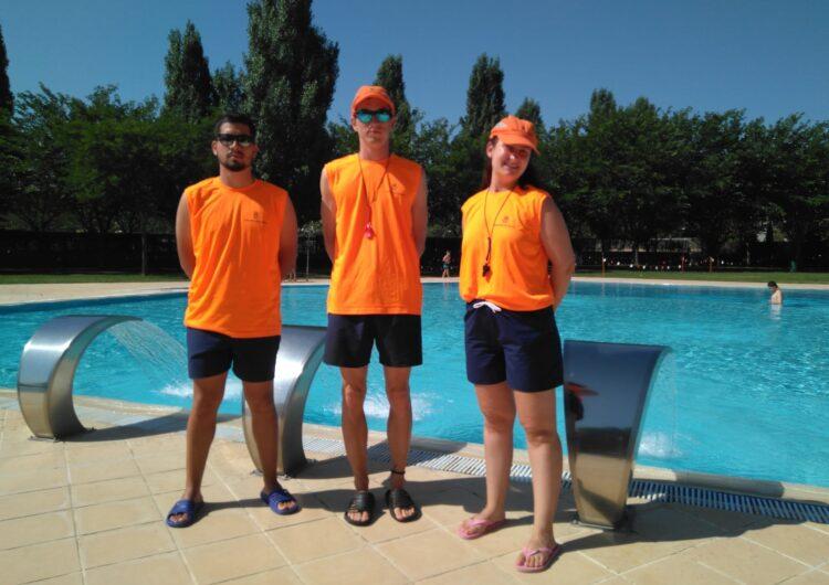 La Diputació de Lleida equipa els socorristes de les piscines municipals de la demarcació