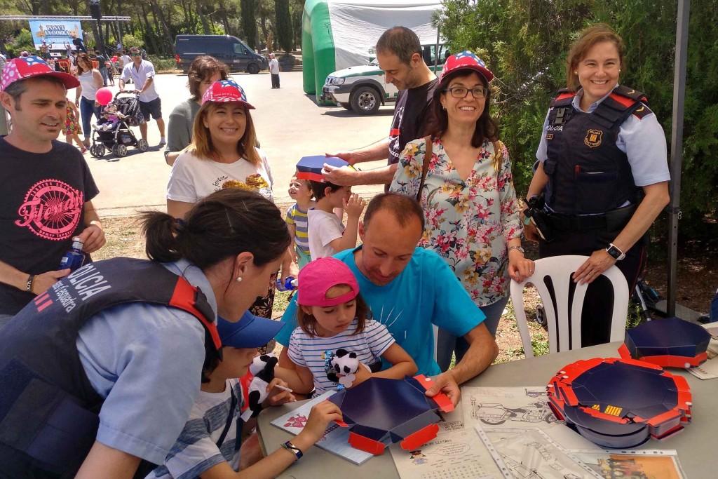 Visita de l'alcaldessa Alba Pijuan Vallverdú pels espais d'activitats