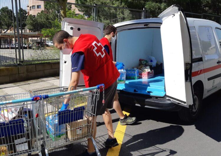 Tàrrega recapta 3.000 litres de llet per a les famílies vulnerables del municipi