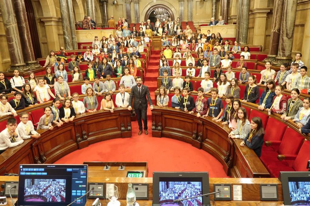 foto_parlament
