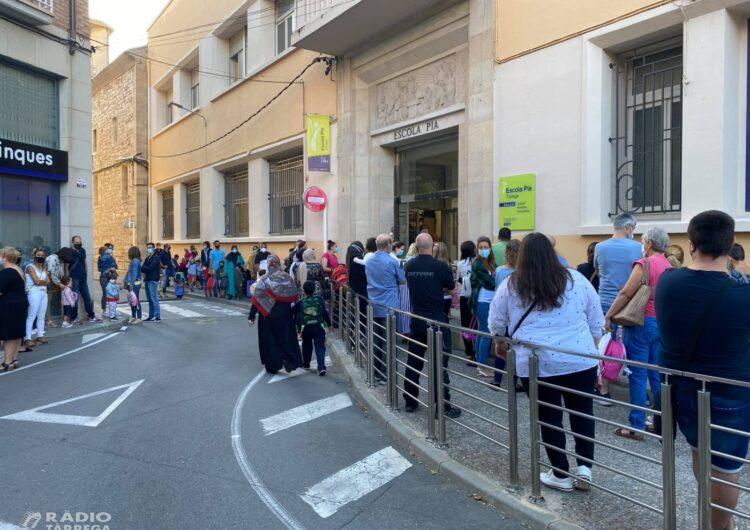 L'Ajuntament de Tàrrega fa una crida a evitar aglomeracions de vehicles i embussos de trànsit davant els centres educatius