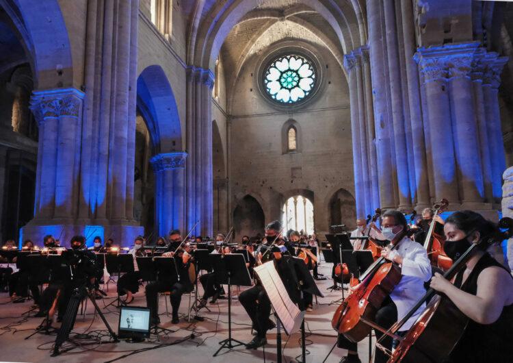 La música del concert 'Essencial' traspassa els murs de la Seu Vella i arriba a totes les llars del territori per fer front comú a la crisi sanitària