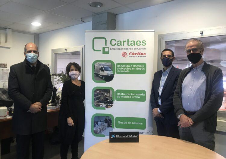"""La Fundació """"la Caixa"""" i CaixaBank donen suport a Cartaes per trencar l'escletxa digital dels infants de famílies vulnerables"""