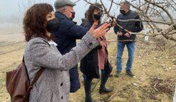 La consellera d'Agricultura Teresa Jordà visita la finca Mas de…