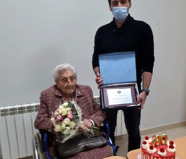 Homenatge a Antònia Novell Gassó, àvia centenària de Tàrrega