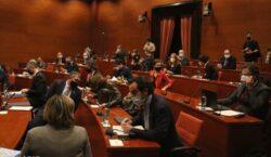El Govern deixa sense efecte la convocatòria del 14-F i…