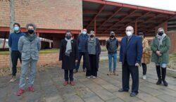 El Conseller Chakir El Homrani visita el futur equipament residencial…