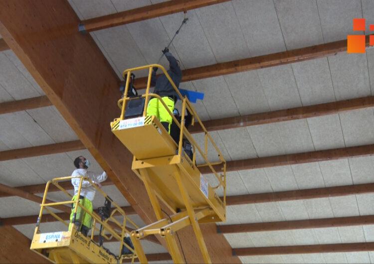 Tàrrega inicia els treballs de rehabilitació de la piscina coberta municipal