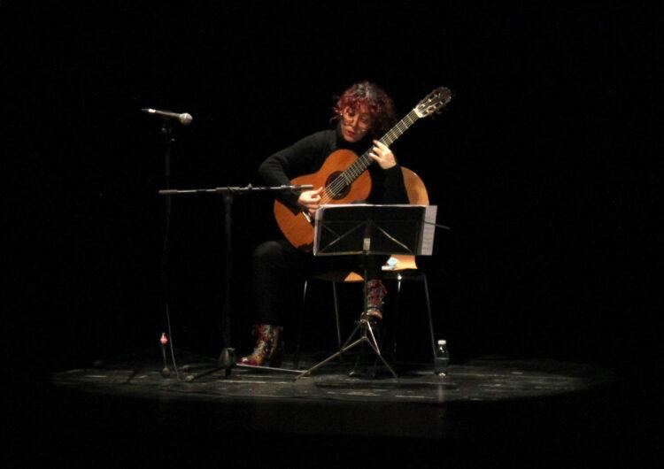 La guitarrista Maria Ribera rememora la vida i l'obra del mestre Emili Pujol en un aplaudit concert a Tàrrega