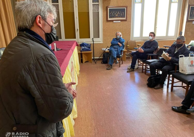 Tàrrega homenatja l'obra de l'escriptor Pere Rovira en una nova edició del cicle Col·loquis a Thä