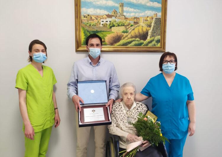 Tàrrega felicita l'àvia centenària Concepció Serradell Comaposada